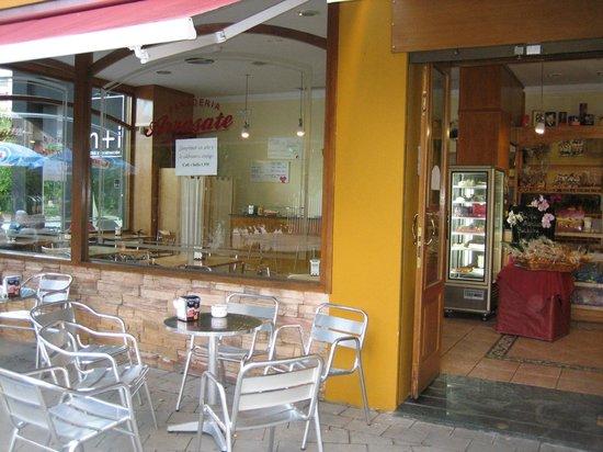 ARRASATE  Cafeteria - Panaderia - Pasteleria: Terraza