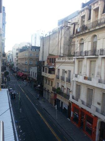 Hotel A&B Internacional: Vista lado esquerdo