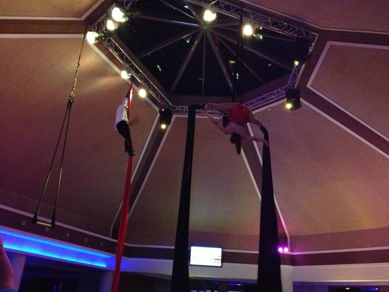 Pestana Porto Santo All Inclusive: aerial entertainment by the animation team