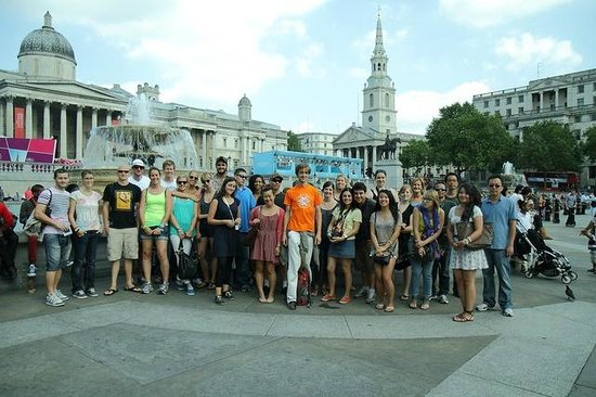 Undiscovered London : Our Free Tour group at Trafalgar Square