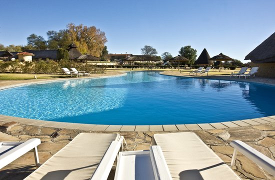Midgard Country Estate larger Pool Area