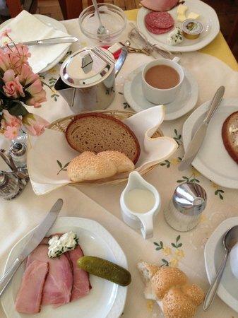 Pension Nossek: Good breakfast!