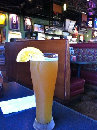 Burgers & Beer: Esto no es una naranjada, es una cerveza Blue Moon