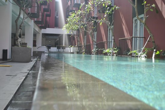 Amaris Hotel Legian: pool
