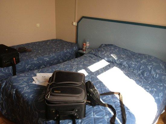 Hotel Le Coq Hardi : Beds
