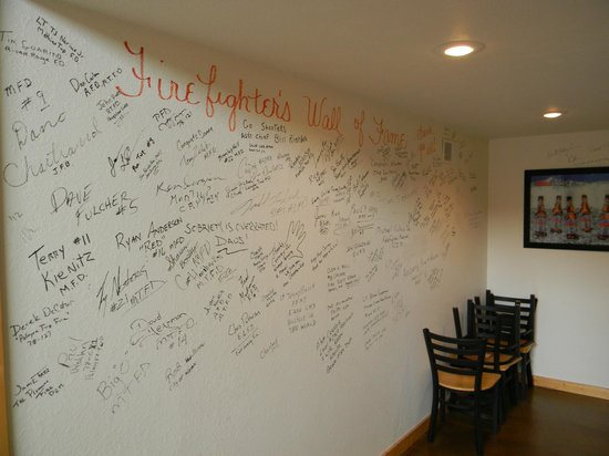 Shooters Firehouse Brewpub : Fireman's Wall