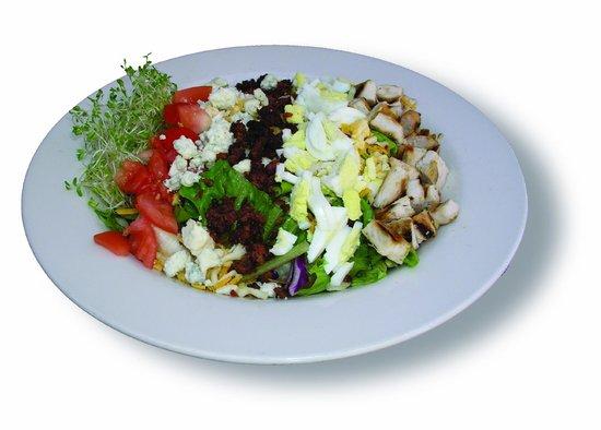 Lardo's Grill & Saloon : Cobb Salad