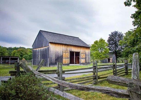 Smith Family Farm: Threshing Barn