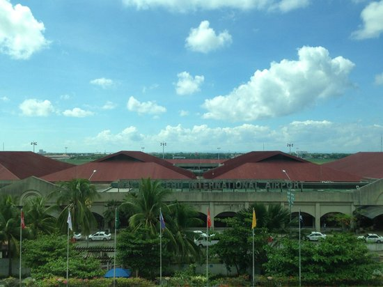 Waterfront Airport Hotel and Casino: Mactan Airport