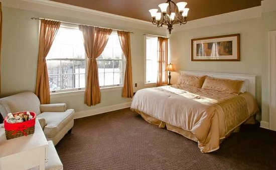Inn At Marywood: Fountain Room