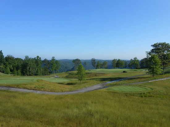 Primland: Golf course view