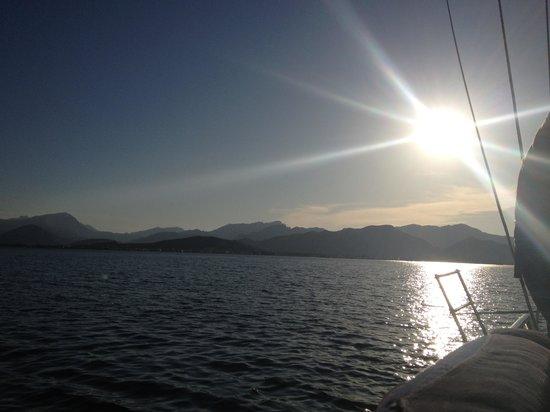 Tudor Dawn Sailing Charters : Beautiful view