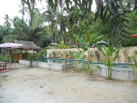 leeloo paradise resort h tel khanom voir 33 avis et 50 photos. Black Bedroom Furniture Sets. Home Design Ideas