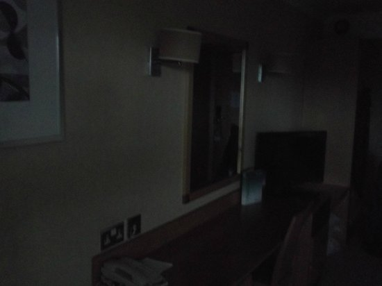 Holiday Inn A55 - Chester (West): Interior of room showing TV and desk