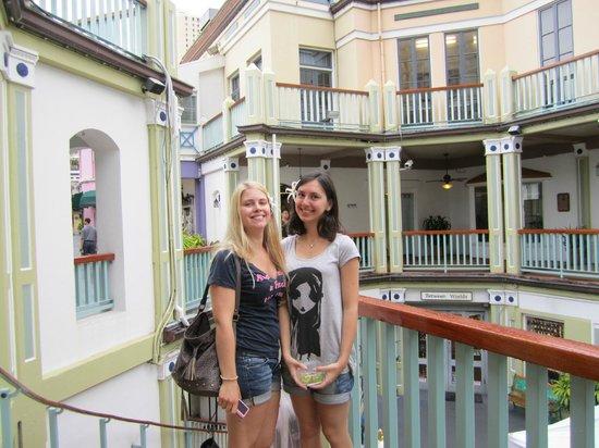 Honaunau Bay: myself and my friend anna from scottland!
