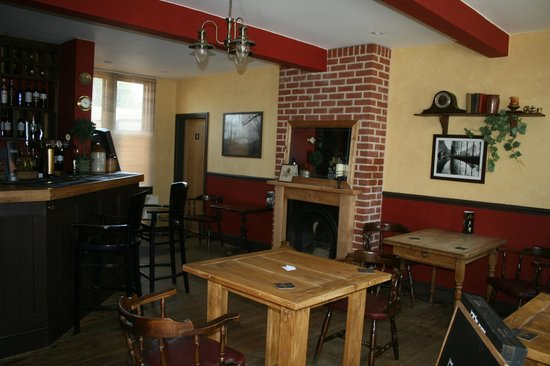 Foresters Arms: the inside