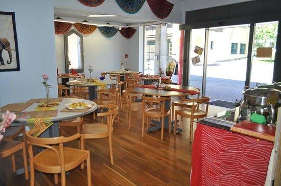 Shanthi: Restaurant innen