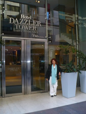 Dazzler San Martin: Entrance to Dazzler , at San Martin Street