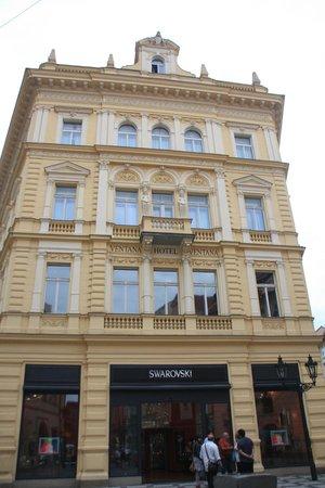 Ventana Hotel Prague: Vista desde Celetna