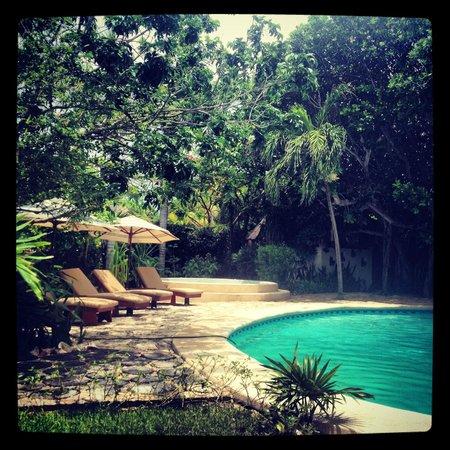 Na Balam Beach Hotel: the pool/lounge