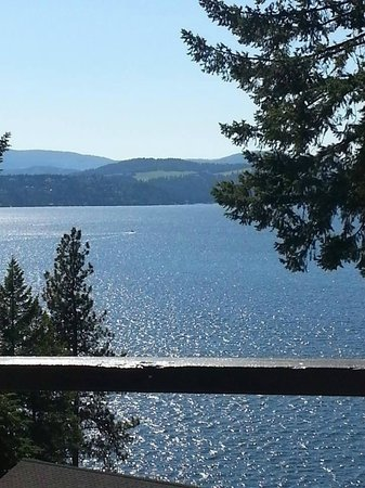 Bennett Bay Inn: Great View of Lake Coeur D'Alene from our room