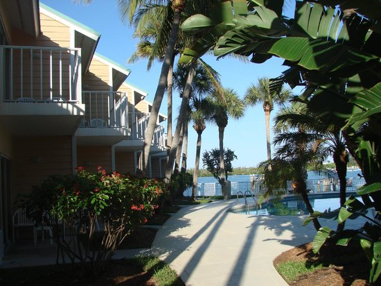 Jupiter Waterfront Inn: View from room to Jupiter Inlet