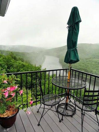 Ecce Bed and Breakfast: Upper Deck View