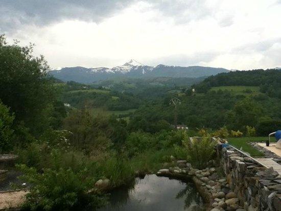 Pyrenees Pursuits, Cami de Bidale : View to the Tourmalet!