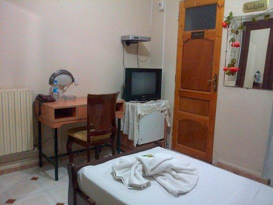 Hotel Hazem : chambre