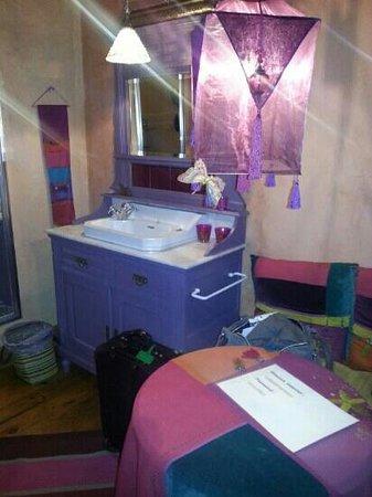 Bed & Breakfast Le Bonimenteur: moroccan decor