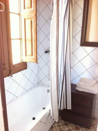 Caseta Gracia: la salle de bain