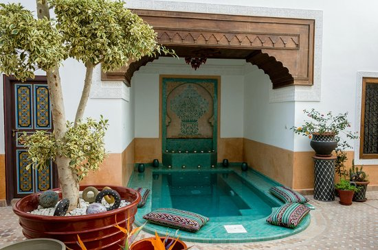 Riad Al-Bushra: Pool Area in Courtyard