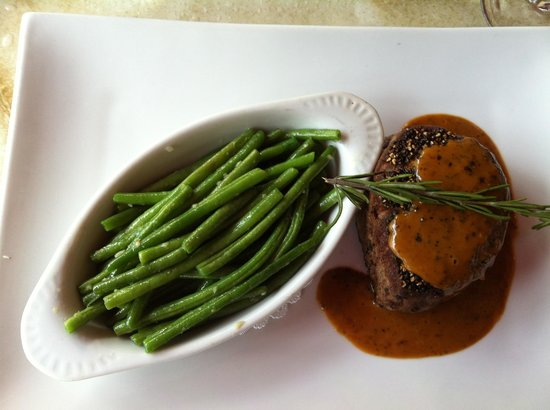 Pistache French Bistro: One of the most tender, delectable filets au poivre I.