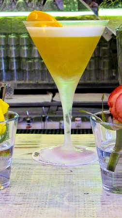 Ibo Ibiza: Yellow Pepper Martini