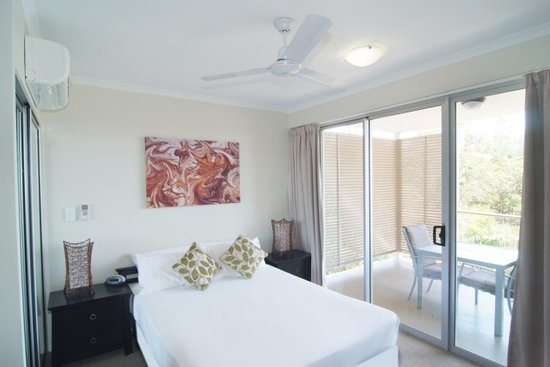 Airlie Central Apartments: Studio Apartment