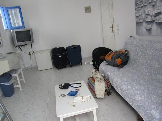 Melina Hotel: sala de estar