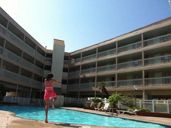 Villa Del Sol: Enjoying a swim in private gated swimming pool