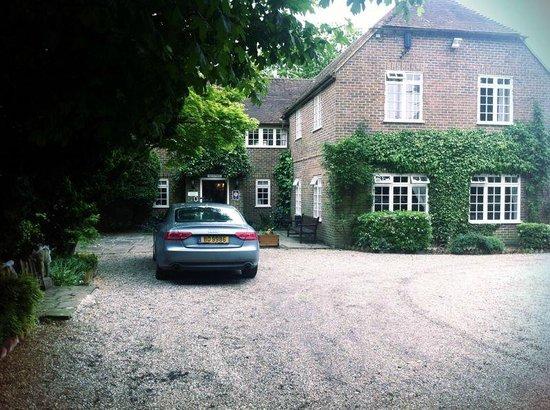Howfield Manor Hotel: inviting...