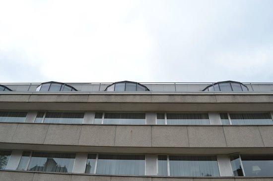 Bilderberg Garden Hotel: Эркерные номера на крыше