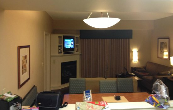The Suites at Hershey: View from kitchen into living room, fireplace under TV
