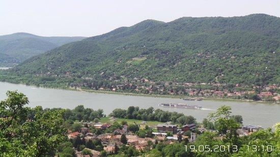 Gray Line Budapest: En-route from Esztergom to Visegrad