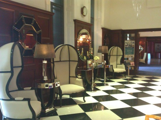 The Atlantic Hotel: Reception area