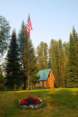 Smoky Bear Ranch : The small cabin