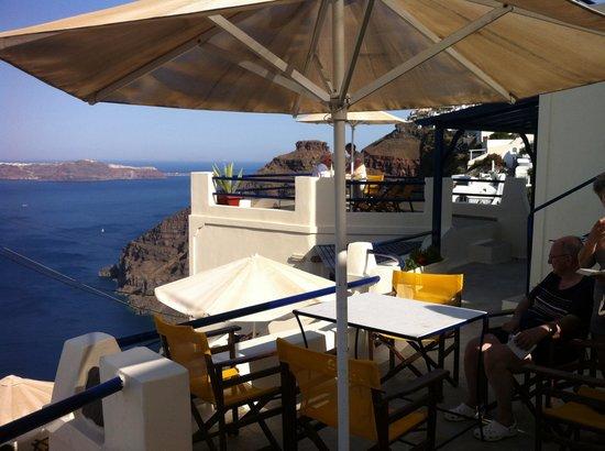 Efterpi Villas: Vue d'une des terrasses