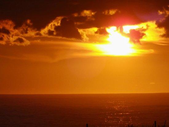 Au Bon Accueil : début du coucher de soleil