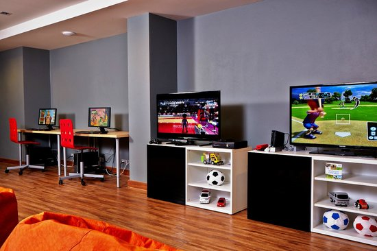 Sunsuri Phuket : Gameroom