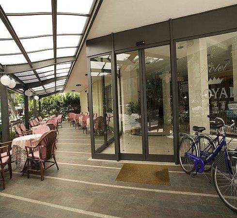 Hotel Royal - veranda