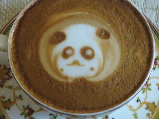 MingYuan Coffee: Cappuccino, Panda in froth