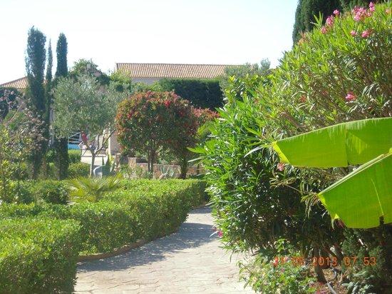 Avithos Resort: Avithos garden 1