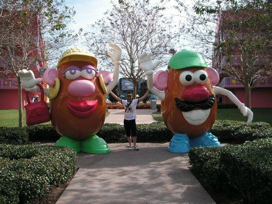 Disney's Pop Century Resort: .